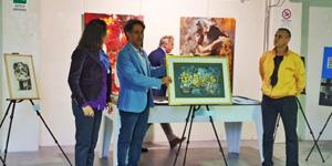 رئيس قسم الجرافيك بكلية الفنون والتصميم يحصل على الجائزة الأولى فى مسابقة أسريا للفنون لعام 2019